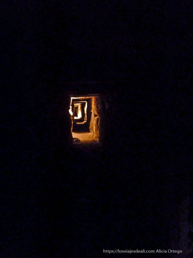 interior dolmen de newgrange