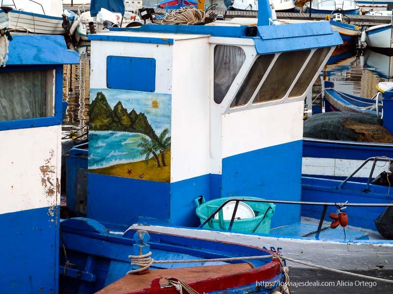 barca de pesca con paisaje tropical pintado palermo