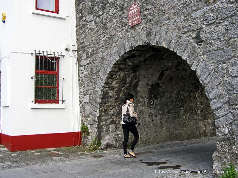 spanish arch qué ver en galway