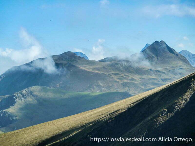montes de pirineo navarro