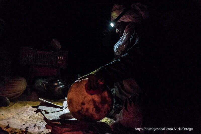 quitando arena a la taguella o pan tuareg