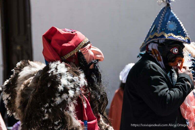 máscaras en procesión de San Pedro atacama