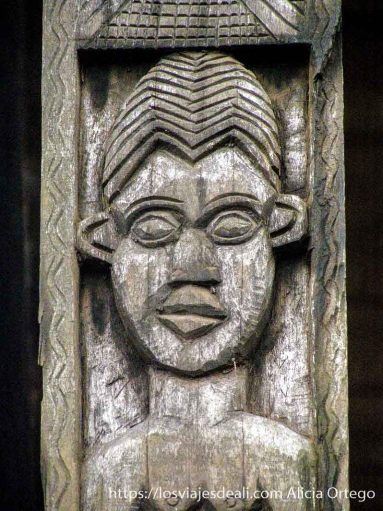 grabado en madera reino de bafut