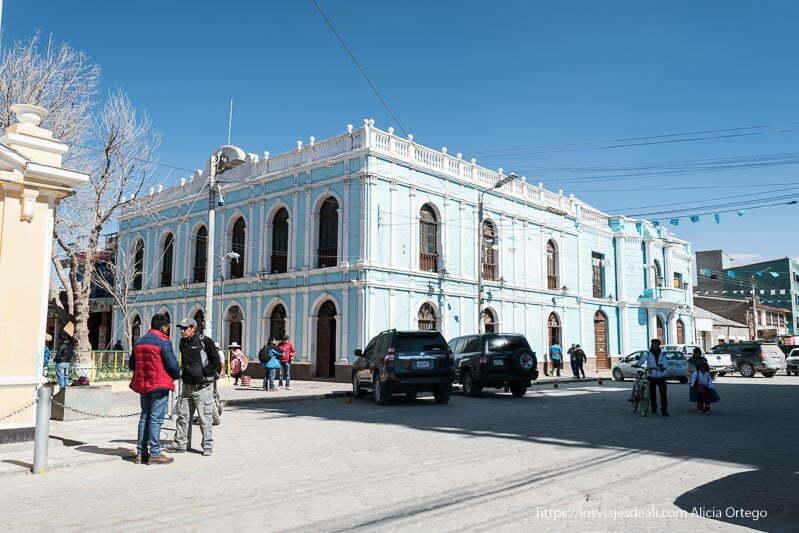 edificio colonial de la ciudad de uyuni