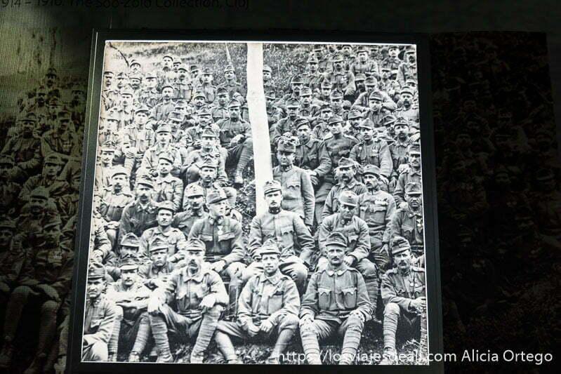foto en blanco y negro de soldados de la segunda guerra mundial