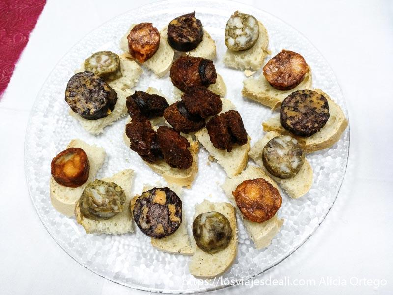 plato de chanfaínas es como una morcilla de distintos tipos escapada a cáceres