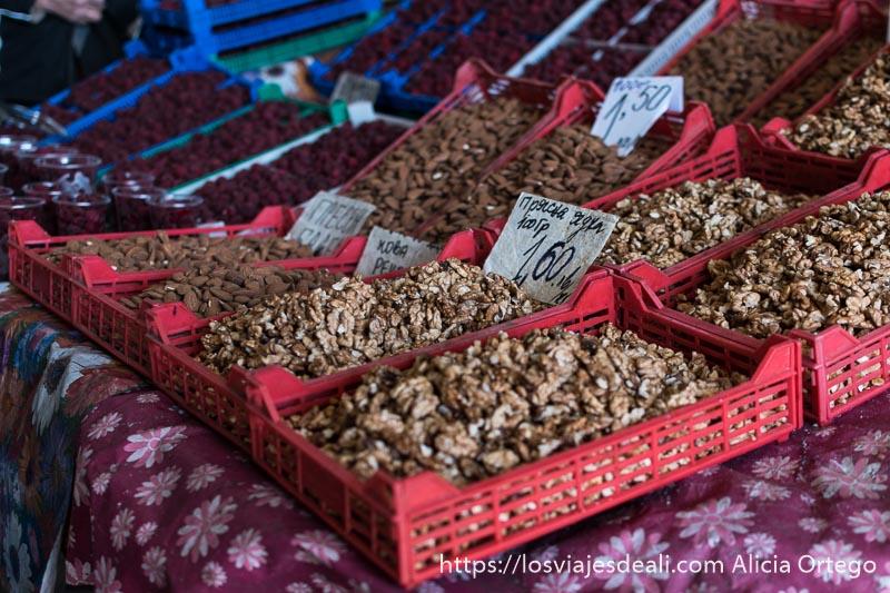 cajas de nueces del mercado de sliven