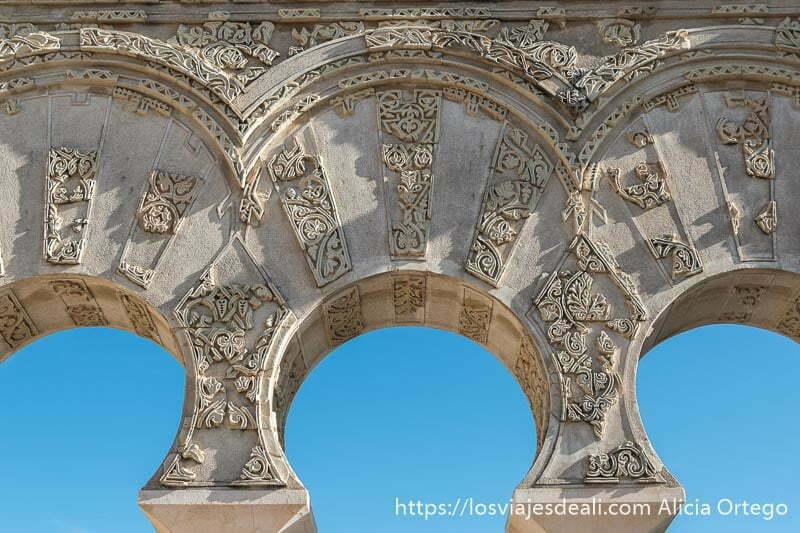 arcos de medina azahara a no perderse a la hora de visitar córdoba